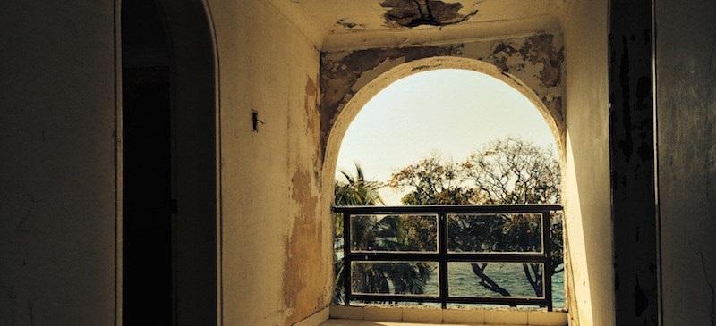 El abandono de la mansión de Escobar